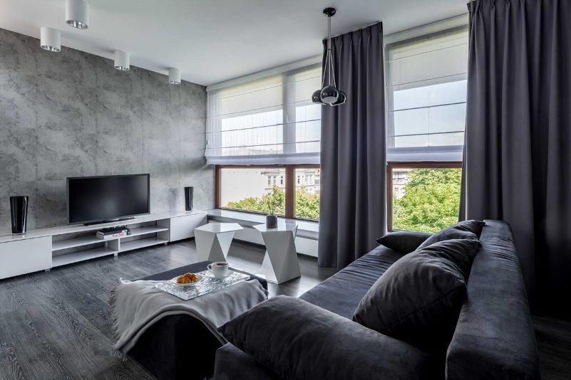 římské rolety v obývacím pokoji
